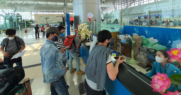 Miễn phí máy bay cho 400 khách Hàn Quốc xong cách ly từ miền Tây về Hà Nội - Ảnh 2.