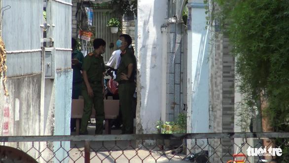 Dựng rào cách ly hẻm 248 Phạm Ngũ Lão, Gò Vấp - Ảnh 6.