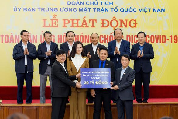 Mai Phương Thúy đại diện doanh nghiệp trao 20 tỉ đồng cho chính phủ chống dịch COVID - Ảnh 2.