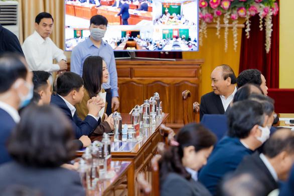 Mai Phương Thúy đại diện doanh nghiệp trao 20 tỉ đồng cho chính phủ chống dịch COVID - Ảnh 3.