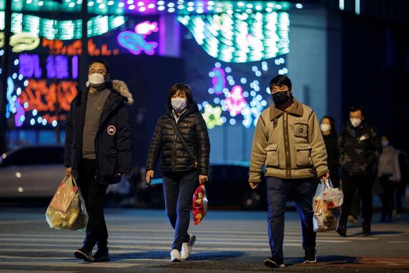 Trung Quốc thử nghiệm lâm sàng văcxin phòng virus corona - Ảnh 1.