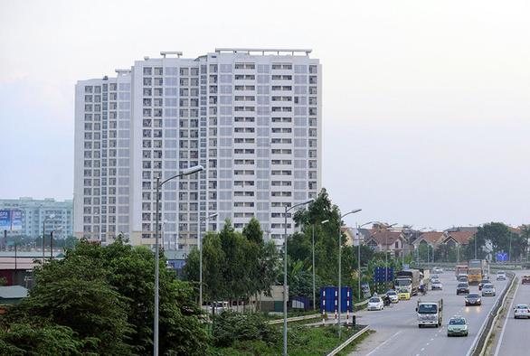 Hà Nội lập thêm hai khu cách ly tập trung 2.800 chỗ ở - Ảnh 1.