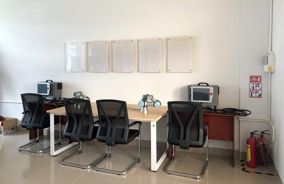 Tiếp cận lò đào tạo điện - điện tử tại Đai học Duy Tân - Ảnh 11.