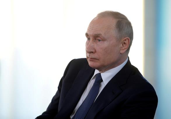 Tổng thống Putin: Tôi không phải Sa hoàng - Ảnh 1.