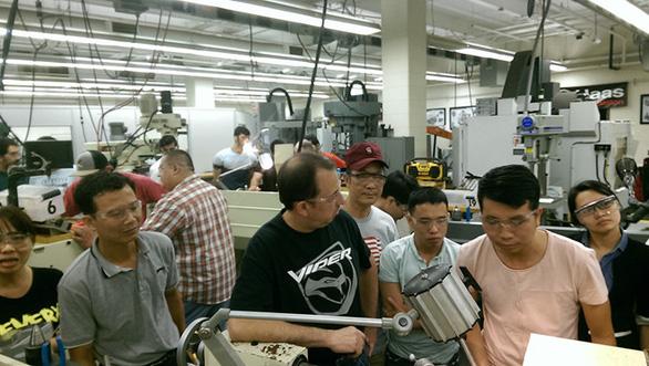 Tiếp cận lò đào tạo điện - điện tử tại Đai học Duy Tân - Ảnh 3.