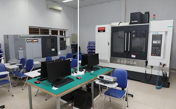 Tiếp cận lò đào tạo điện - điện tử tại Đai học Duy Tân - Ảnh 5.