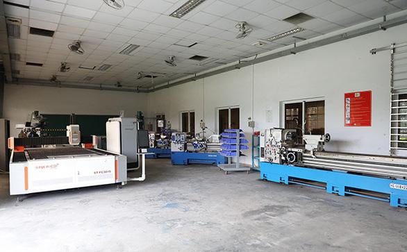 Tiếp cận lò đào tạo điện - điện tử tại Đai học Duy Tân - Ảnh 6.