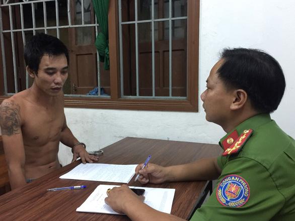 2 cán bộ công an phường bị chém khi xử lý tin báo của dân - Ảnh 1.