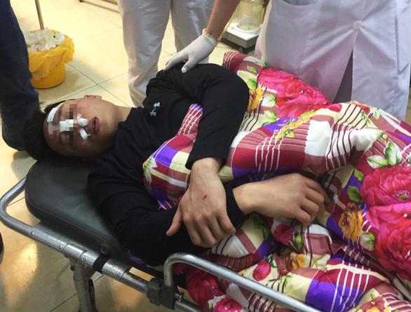 Phó Thủ tướng Trương Hòa Bình yêu cầu xử lý nghiêm những kẻ đánh bác sĩ chấn thương nặng - Ảnh 1.
