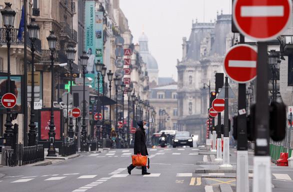 Chặn dịch COVID-19: Pháp giám sát hội chứng qua mạng lưới bác sĩ - Ảnh 2.