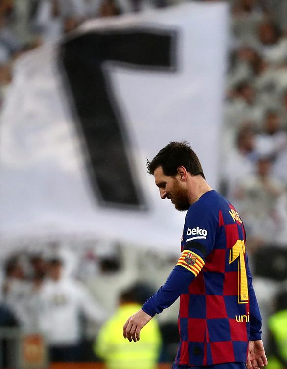 Thắng thuyết phục trận Siêu kinh điển, Real trở lại đỉnh bảng La Liga - Ảnh 3.