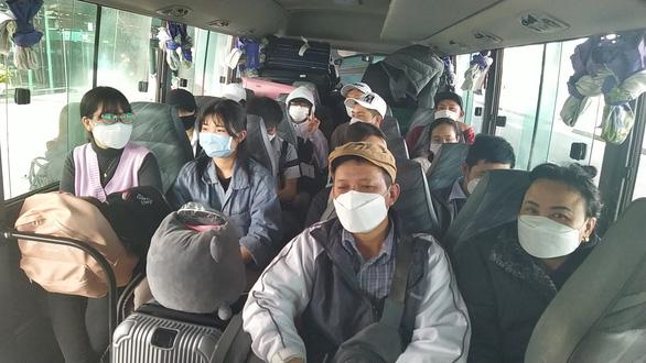 Từ Hàn Quốc hạ cánh sân bay Cần Thơ: Bật khóc vì cảm giác được an toàn - Ảnh 1.