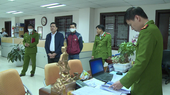 Tạm đình chỉ trưởng phòng Cục Thuế Thanh Hóa nhận tiền doanh nghiệp - Ảnh 1.
