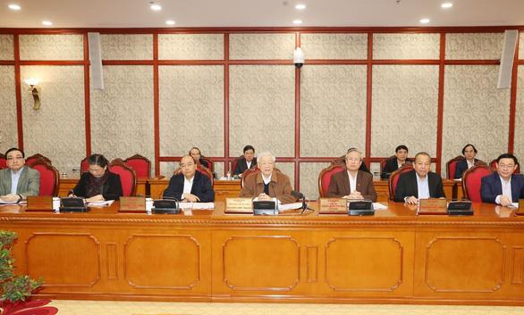 Bộ Chính trị họp về công tác phòng chống dịch COVID-19 - Ảnh 1.