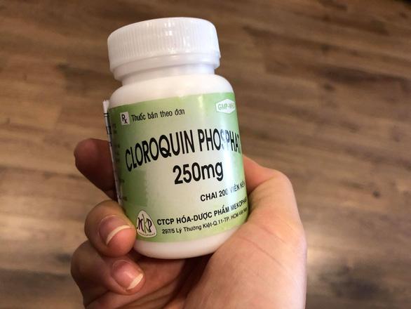 Ngộ độc nặng vì uống 15 viên thuốc sốt rét để phòng corona - Ảnh 1.