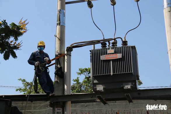 EVN: Tăng giá điện là tin đồn gây hoang mang dư luận - Ảnh 1.