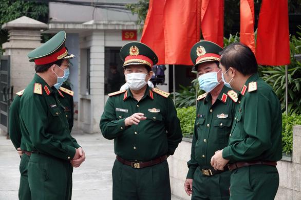 Thủ tướng nhắc quân đội tự bảo vệ, không để dịch COVID-19 lây vào lực lượng - Ảnh 3.