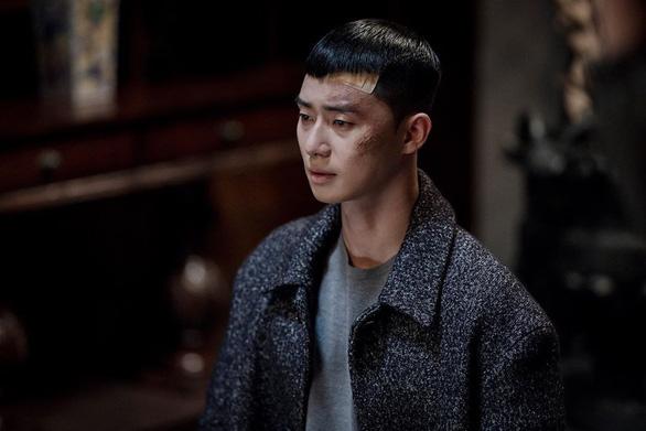 Itaewon Class: Cách vĩ đại nhất để trả thù chính là hóa giải hận thù - Ảnh 1.