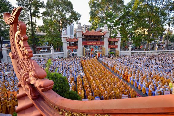 Giáo hội Phật giáo Việt Nam đề nghị không tổ chức lễ Phật đản đông người - Ảnh 1.