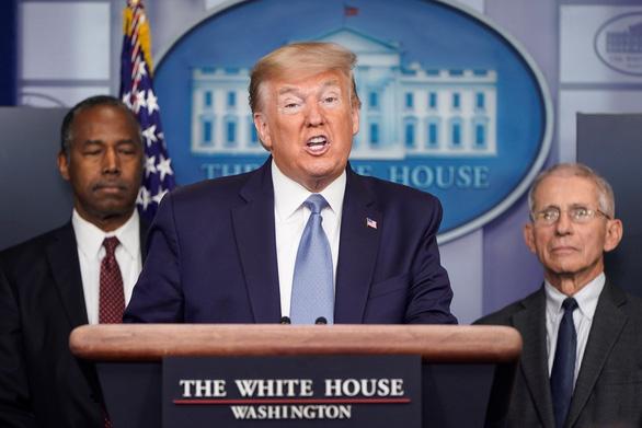 Ông Trump: Trung Quốc giữ kín như bưng về đại dịch - Ảnh 1.