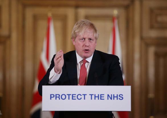 Dịch COVID-19 sáng 6-4: Thủ tướng Anh nhập viện, Pháp, Ý, Tây Ban Nha giảm số ca nhiễm, tử vong - Ảnh 2.
