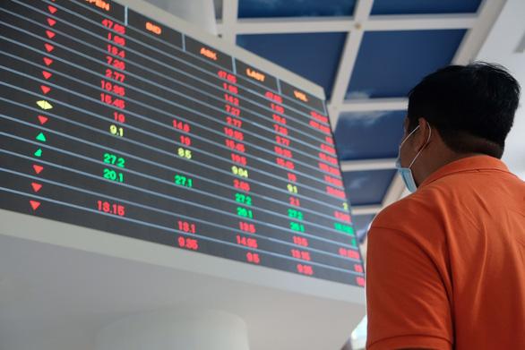 Dòng tiền tăng mạnh, hơn 146.660 tỉ đồng giao dịch chứng khoán trong tháng 6 - Ảnh 1.