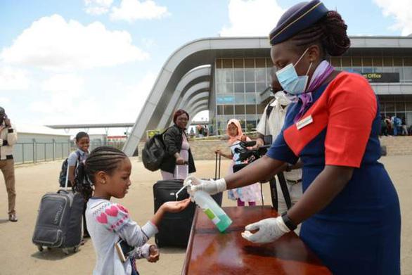 Dịch COVID-19 lan ra 41 nước châu Phi, sẽ xét nghiệm hàng loạt toàn châu lục - Ảnh 1.