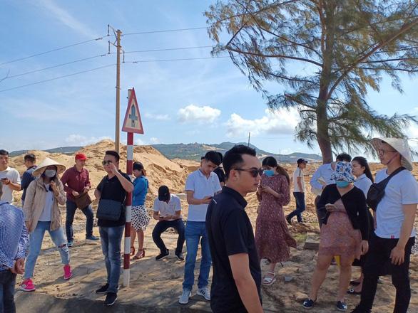 Có cán bộ đứng sau vụ xâu xé đất vùng lõi Khu kinh tế Nhơn Hội - Ảnh 1.