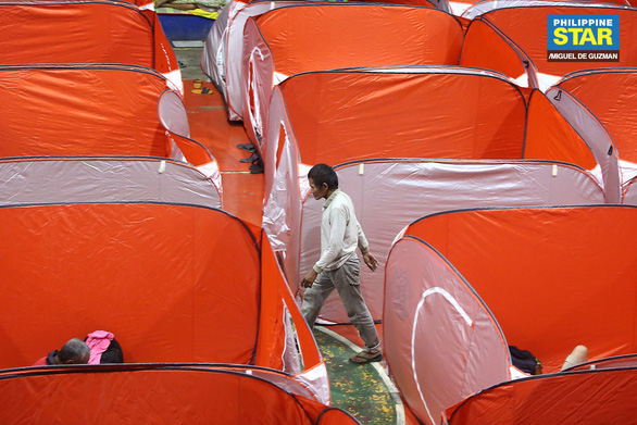 Lo COVID-19 lây lan, Philippines dựng lều cho người vô gia cư - Ảnh 5.