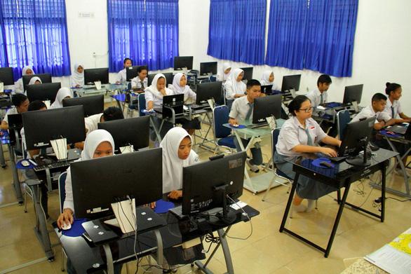 Indonesia hoãn kỳ thi quốc gia 2020, có thể cho thi trực tuyến - Ảnh 1.