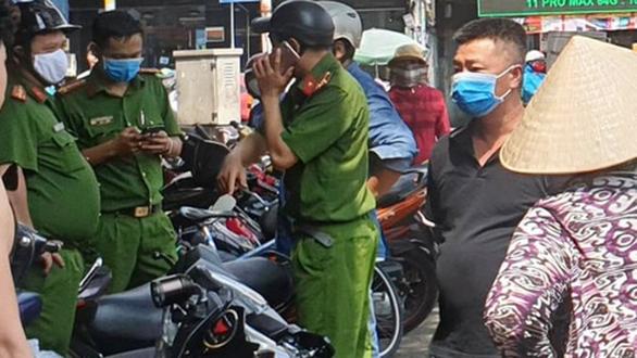 Bị chó cắn dẫn đến mâu thuẫn rồi ra tay giết người ở Tân Bình - Ảnh 1.
