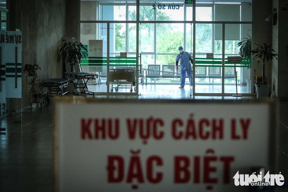 Việt Nam thêm 5 ca COVID-19, 1 ca liên quan bar Buddha, tổng cộng 153 ca - Ảnh 1.