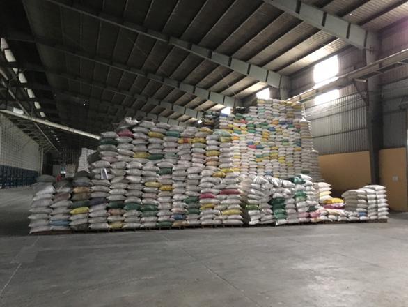 Hiệp hội Lương thực Việt Nam kiến nghị Chính phủ cho xuất khẩu gạo lại - Ảnh 1.