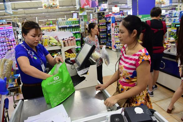 Saigon Co.op tăng khuyến mãi, tặng điểm thưởng cho người tiêu dùng xanh - Ảnh 1.
