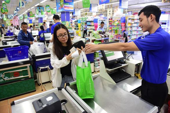 Saigon Co.op tăng khuyến mãi, tặng điểm thưởng cho người tiêu dùng xanh - Ảnh 2.