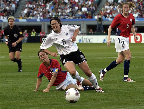 Bao nhiêu lần thể thao thế giới điêu đứng vì dịch bệnh? - Ảnh 2.