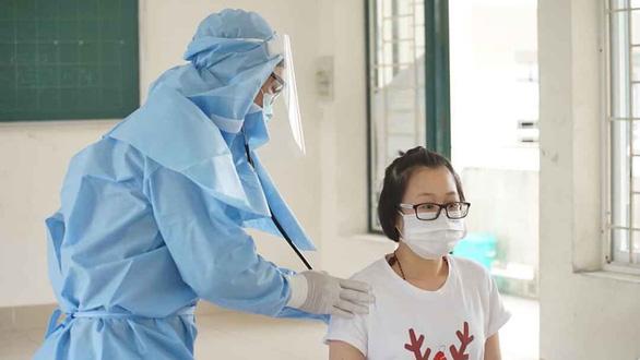 Bác sĩ trẻ lên tuyến đầu chống dịch - Ảnh 1.