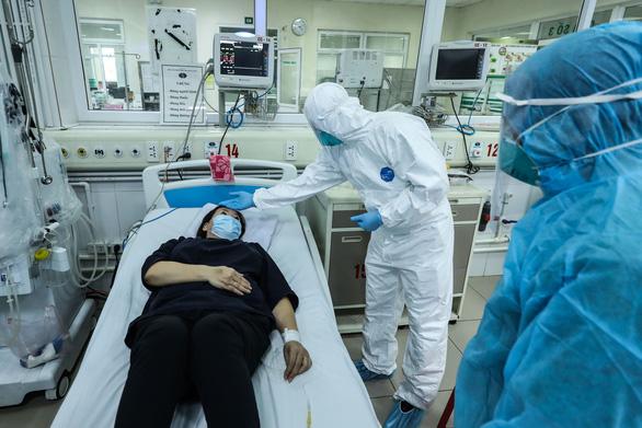 Thêm 10 ca COVID-19 mới, Việt Nam ghi nhận 163 bệnh nhân, 3 ca liên quan bar Buddha - Ảnh 1.
