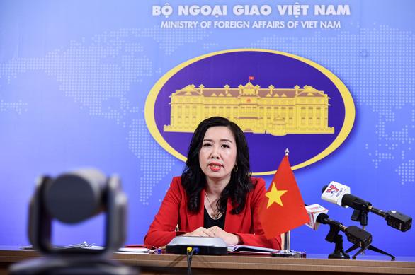 Hỗ trợ 800 người Việt về nước mùa dịch COVID-19, còn 40 người kẹt lại - Ảnh 1.