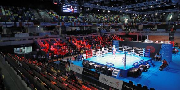 IOC bị chỉ trích vô trách nhiệm khiến 2 võ sĩ bị nhiễm COVID-19 - Ảnh 1.