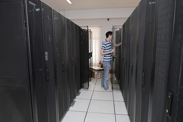 Sinh viên ĐH Duy Tân chuyển sang học toàn bộ online giữa dịch COVID-19 - Ảnh 9.