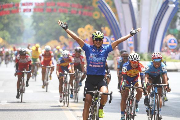 Lùi ngày thi đấu cuộc đua xe đạp Cúp Truyền hình 2020 - Ảnh 1.
