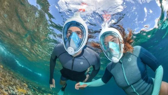 Sửa mặt nạ lặn biển thành mặt nạ trợ thở chống COVID-19 - Ảnh 3.