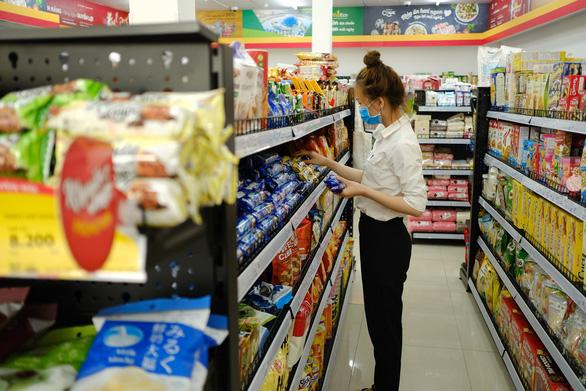Đà Nẵng khử trùng các chợ, khuyến khích dân mua hàng từ xa - Ảnh 1.