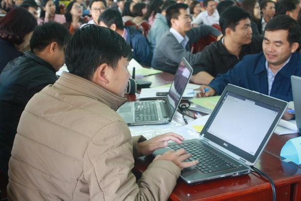 Triển khai chương trình giáo dục mới: tập huấn, nghiên cứu tài liệu dạy học qua mạng - Ảnh 1.