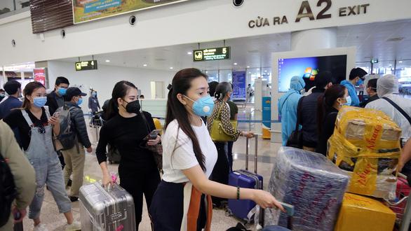Giảm tối đa chuyến bay từ Nội Bài, Tân Sơn Nhất đi các nơi từ 29-3 đến 15-4 - Ảnh 1.