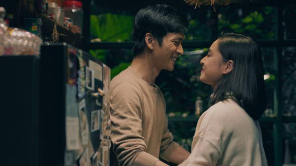 Hồng , Ngạn Mắt biếc đoàn tụ trong MV Sau này hãy gặp lại nhau khi hoa nở - Ảnh 8.
