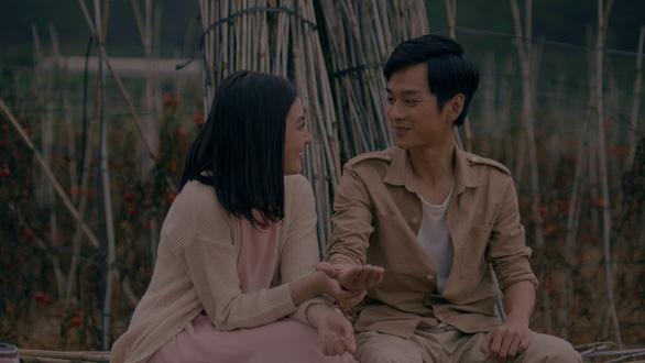 Hồng và Ngạn Mắt biếc đoàn tụ trong MV Sau này hãy gặp lại nhau khi hoa nở - Ảnh 7.