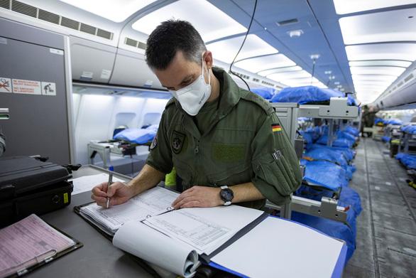Dịch COVID-19 sáng 29-3: Mỹ 121.478 ca nhiễm, Ý 92.472 ca - Ảnh 4.