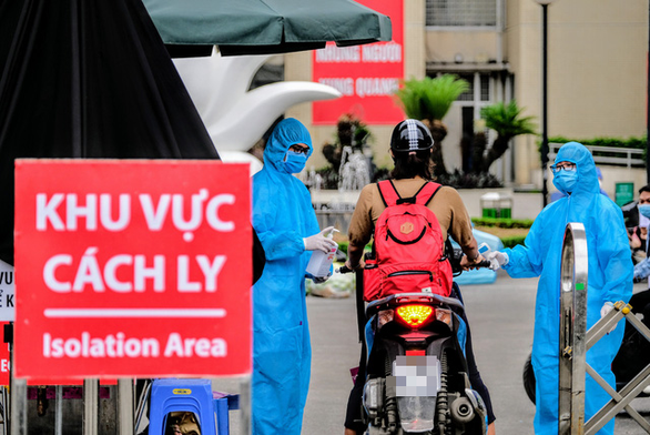Khẩn trương dập ổ dịch tại Bệnh viện Bạch Mai - Ảnh 1.